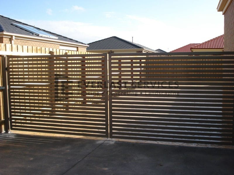 DG11 - Horizontal Aluminium Slats Double Gate - Hoppers Crossing