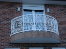 SF42 – White Curved Pattern Steel Balustrade
