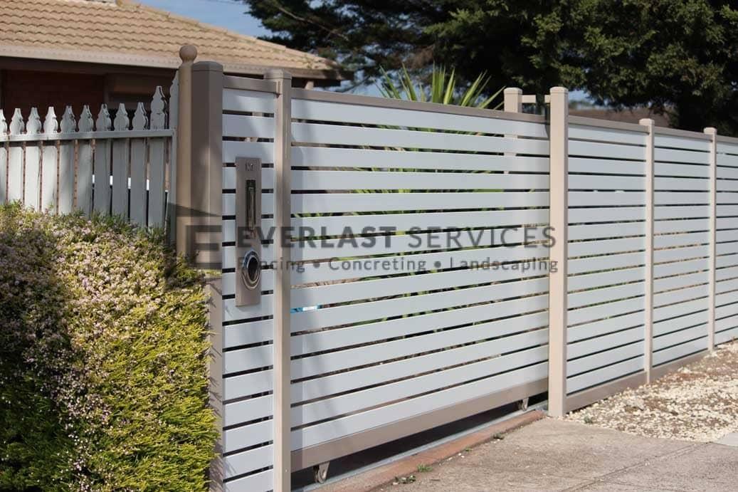 A66 - Beige Post + Frame with Surfmist Horizontal Slats Sliding Gate