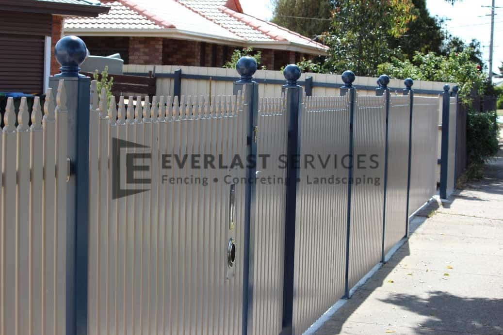 SF100 - Bluestone Post with Pearl White Sloped Pickets View 3