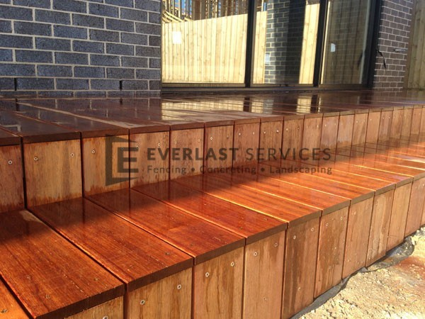 T12 - Timber Decking Steps