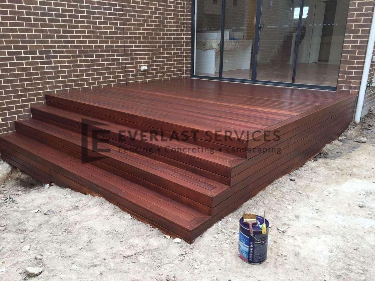 T46 - Merbau Decking wtih Steps