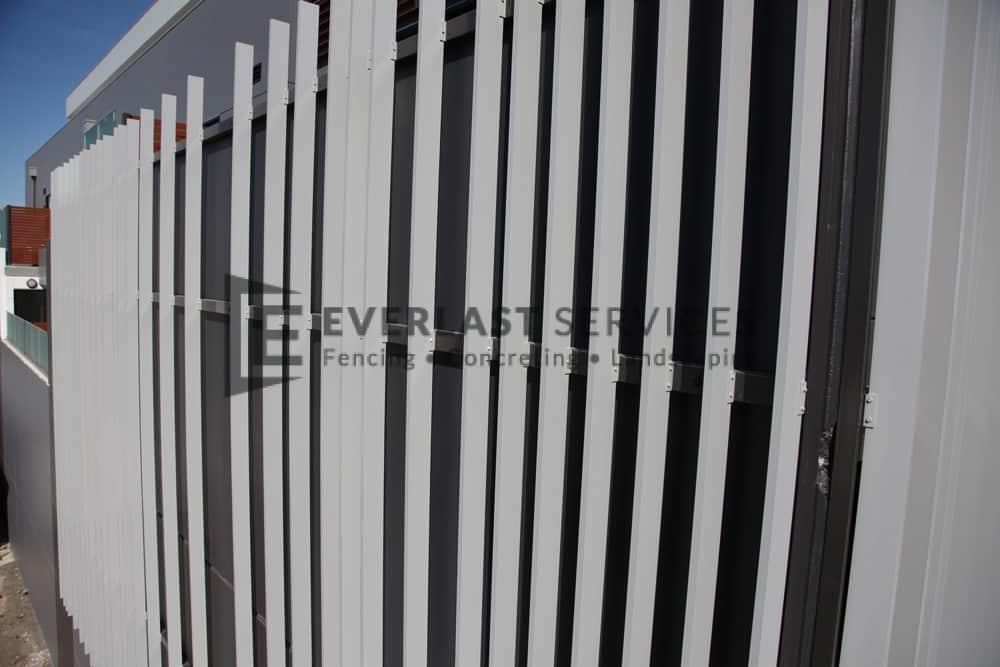 CF18 - Commercial Vertical Blade Slats View 2