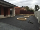 EA9 – Dark Exposed Aggregate Front with Miniwall Tree Circle