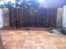 L9 – Bamboo Fencing Screens with Sandstone Paving