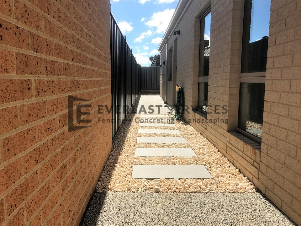 L116 - Concrete + Pebbles + Stepping Stone
