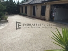 EA7 – Light Exposed Aggregate Driveway