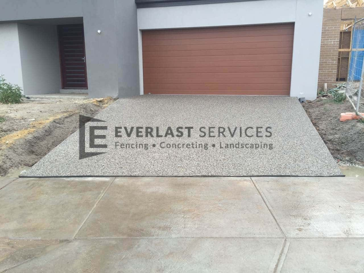 EA11 - Exposed Aggregate Driveway