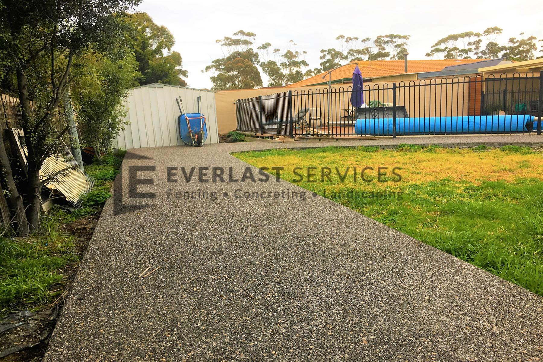 EA28 - Exposed Aggregate Pathway Backyard