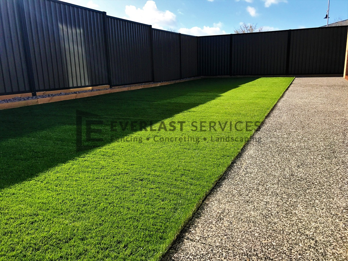 L105 - Synthetic Turf