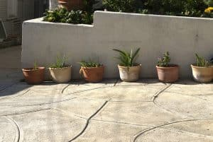 How to stencil concrete