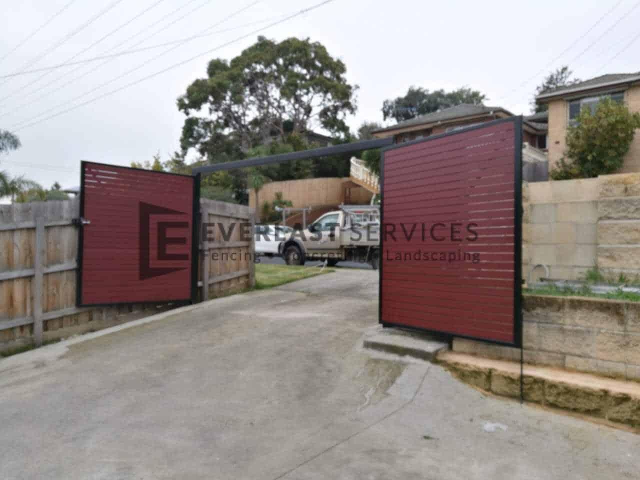 DG60 - Jarrah Slats Double Driveway Gate