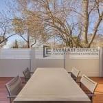 MW 40 - Decking Modular Fence with White Slats