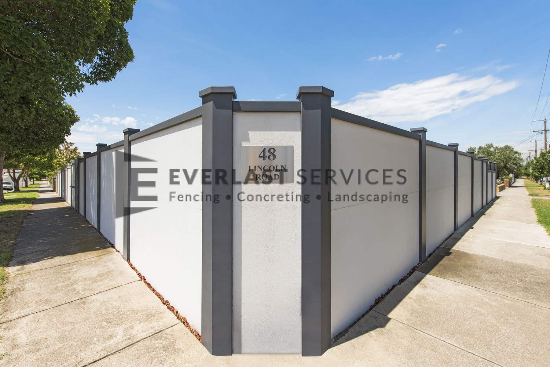 MW 65 - Modular Fence + House Plaque