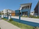 turquoise-Front-Yard-Fence-Slats