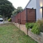 A180 - Kawila Slats Boundary Fence