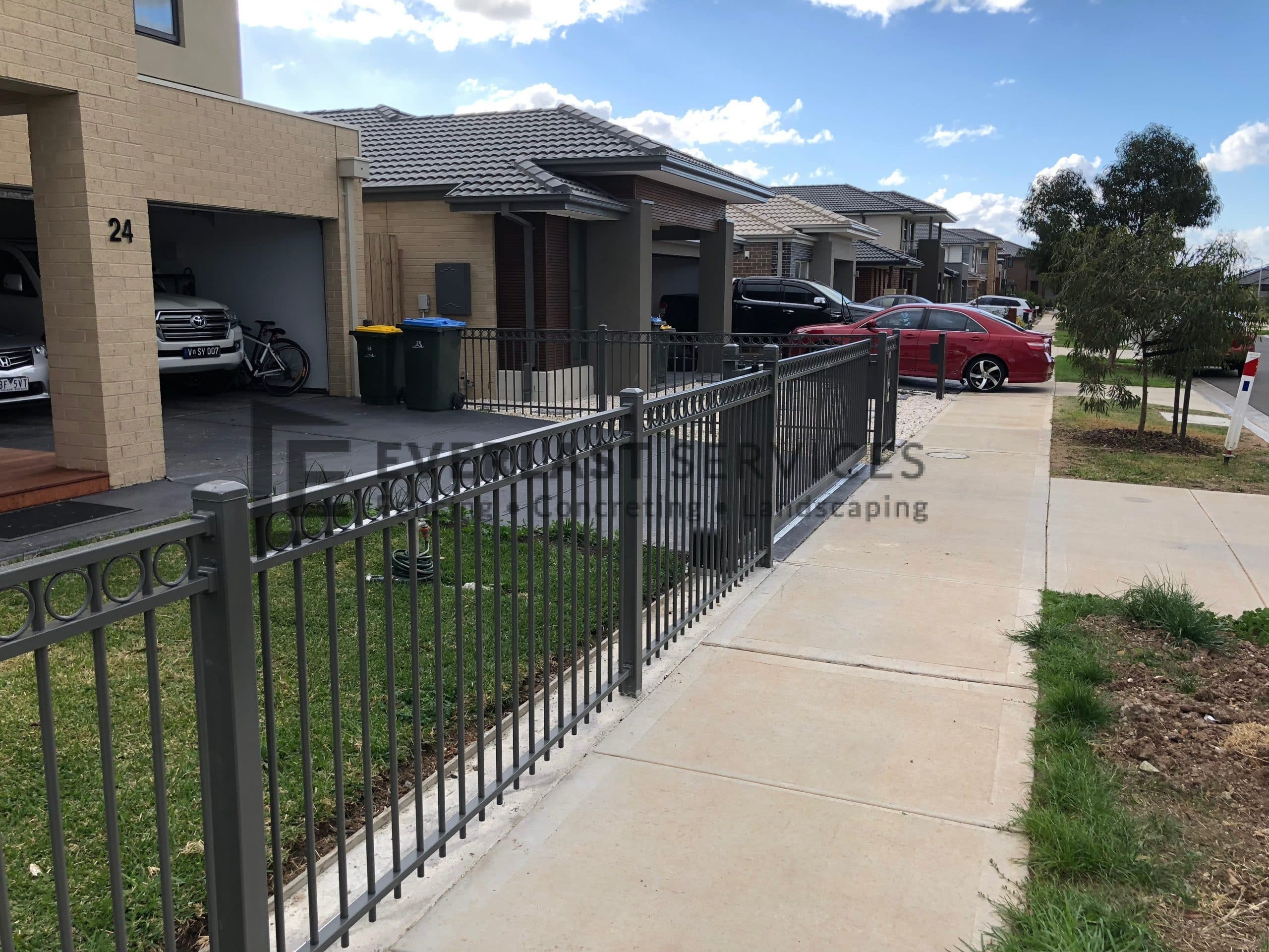 Oxley Ring Steel Fencing