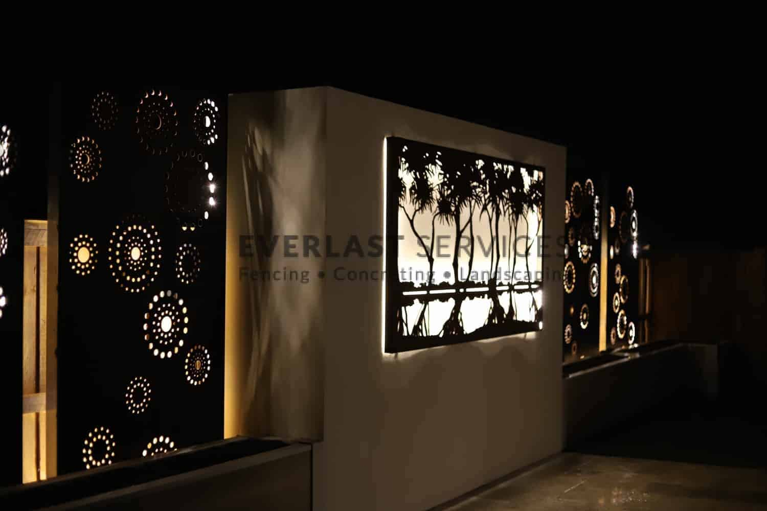 L217 - Laser Cut Screen - Night View 3