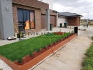 L219 – Modular Retaining Wall with Synthetic Grass