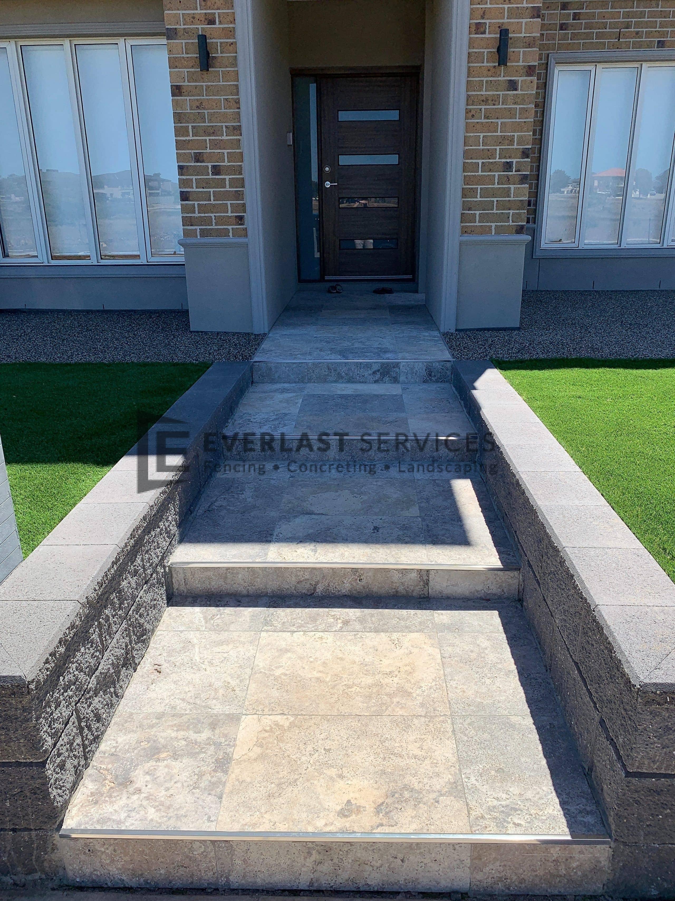 L224 - Travertine Porch + Steps