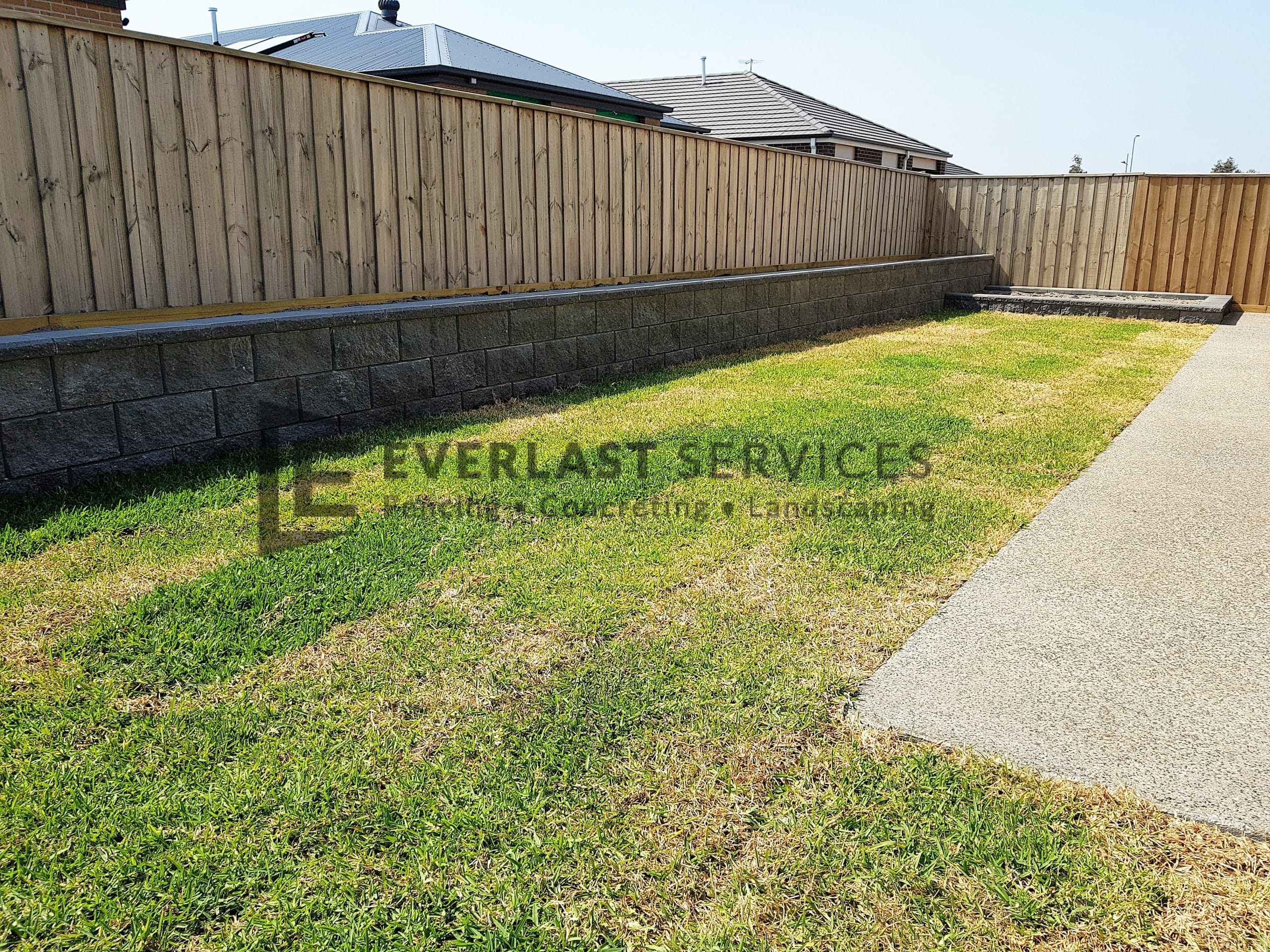 L234 - Versablock Retaining Wall 2