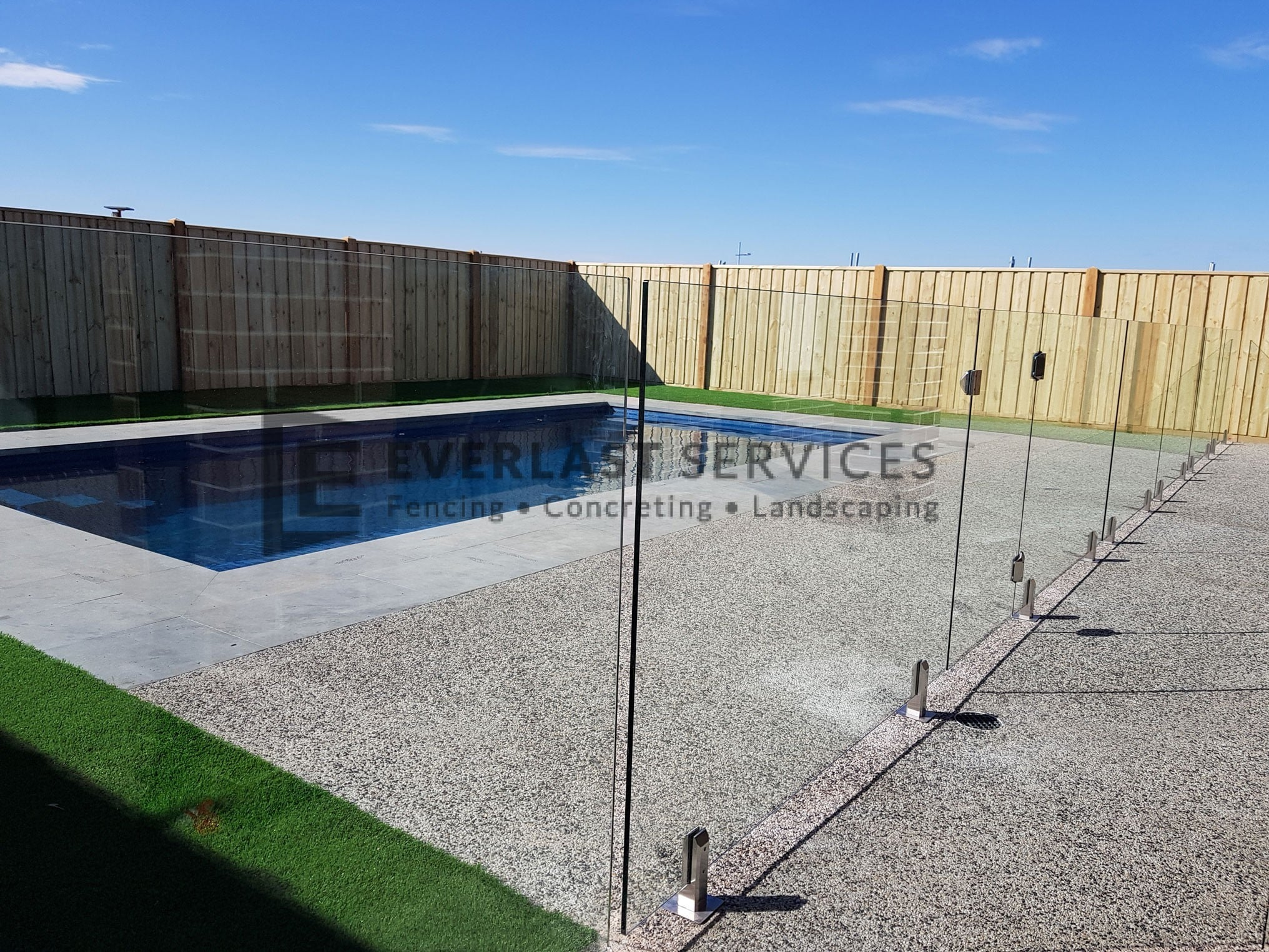 GF21 - Glass-Pool-Fencing-Point-Cook