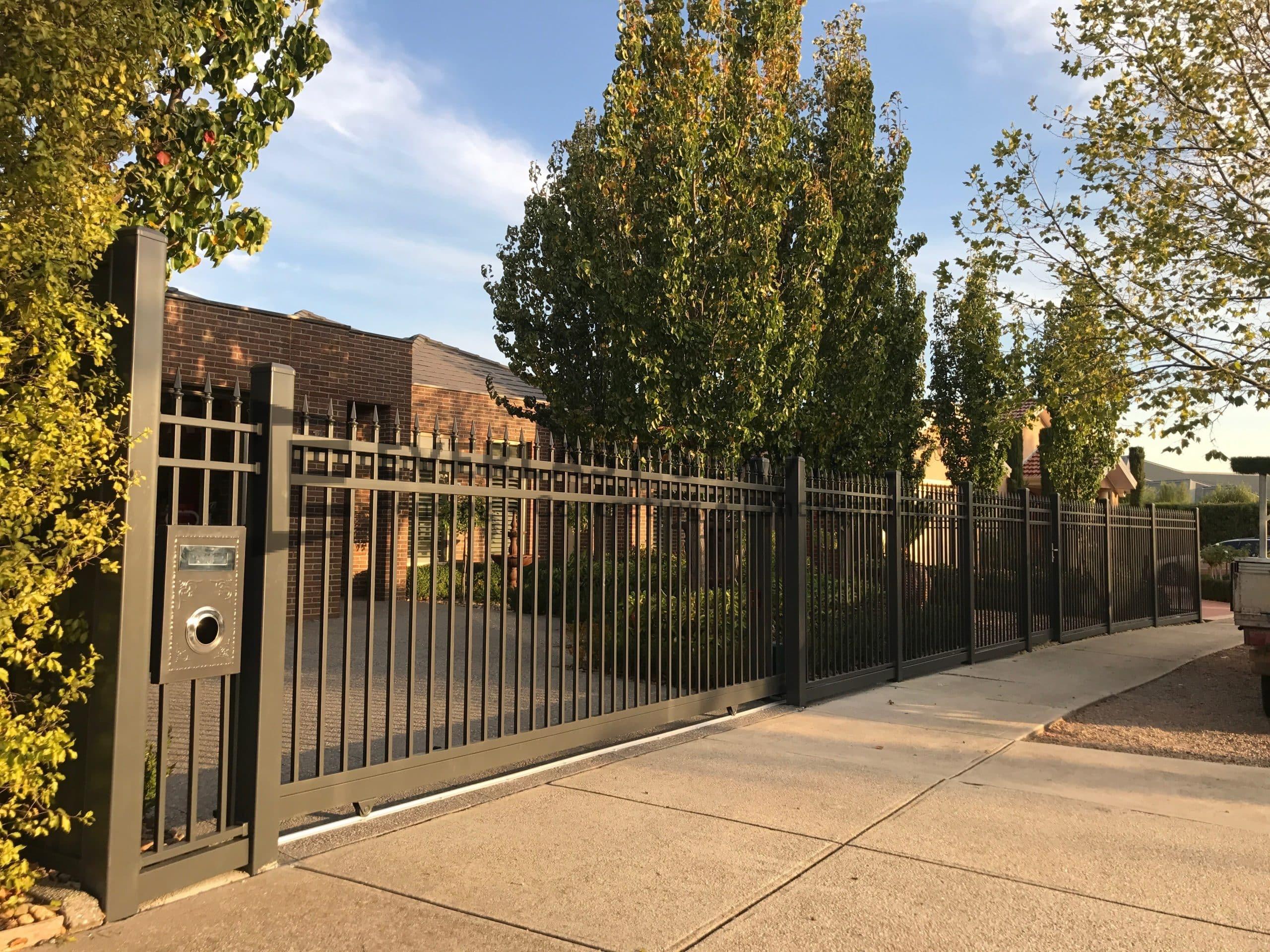 SS143 - Square Steel Level Spear Sliding Gate