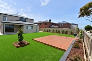 L267 - Point Cook - Corner point of view, grass and patio