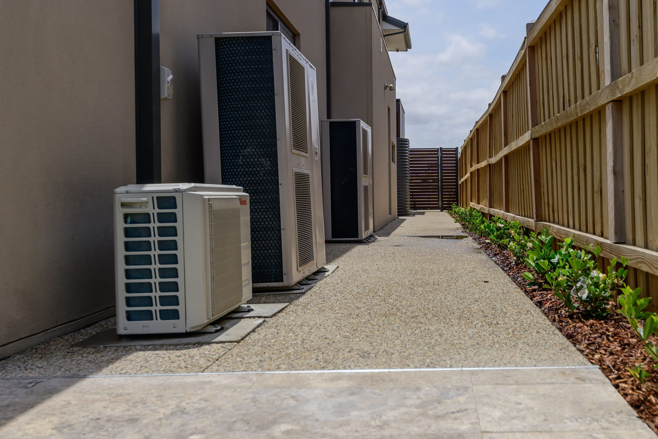 EA100 - Point Cook - Side of house with aircon units