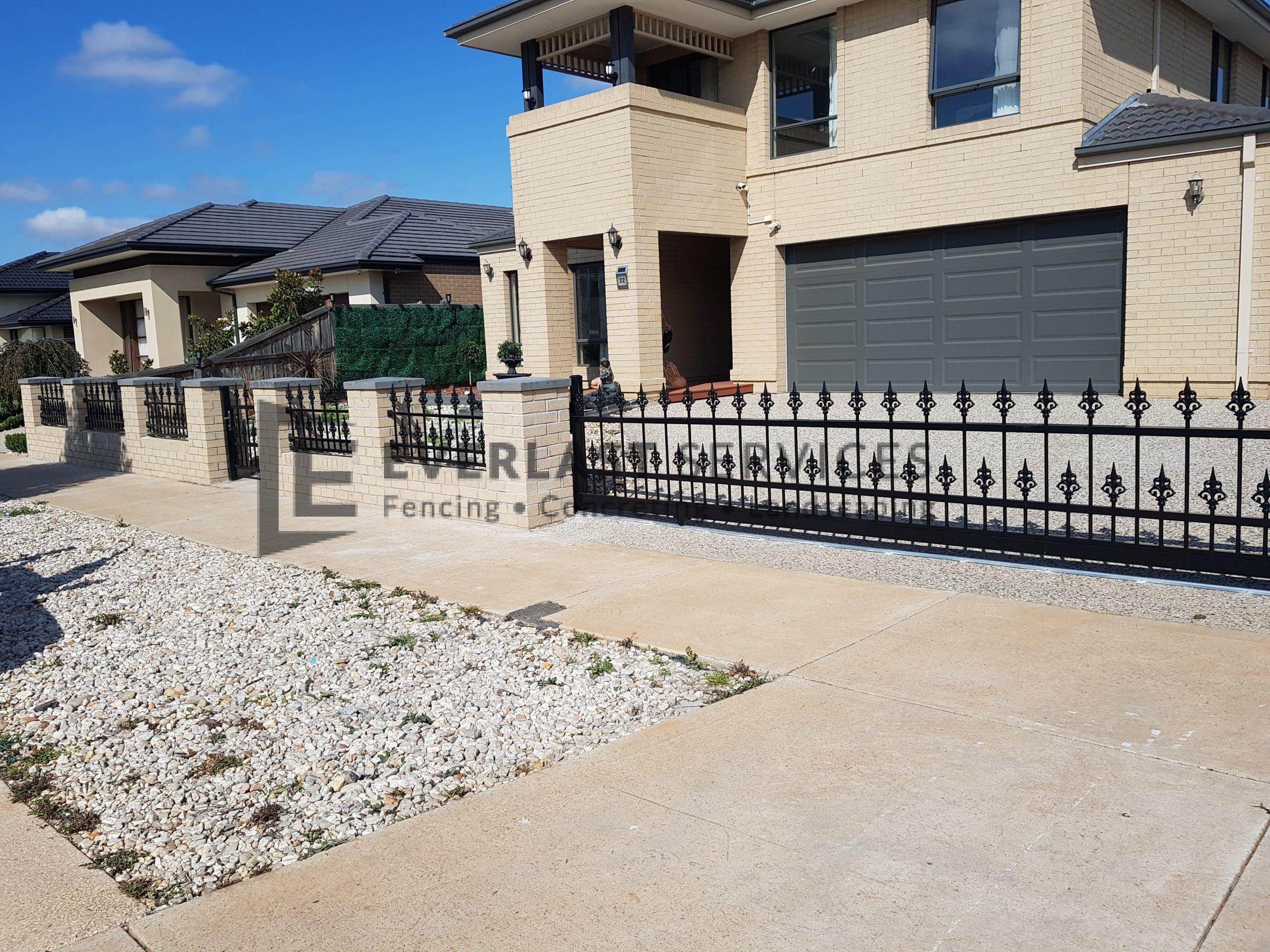 SF181 - Black Steel Fence