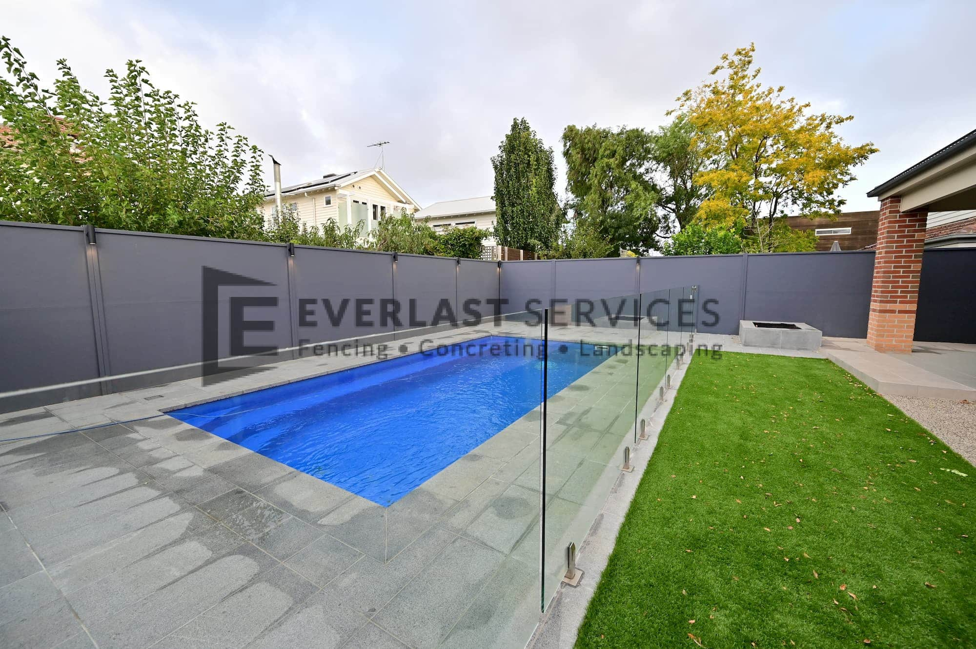 L283 - Yarraville - Backyard Landscaping with Glass Pool Fence