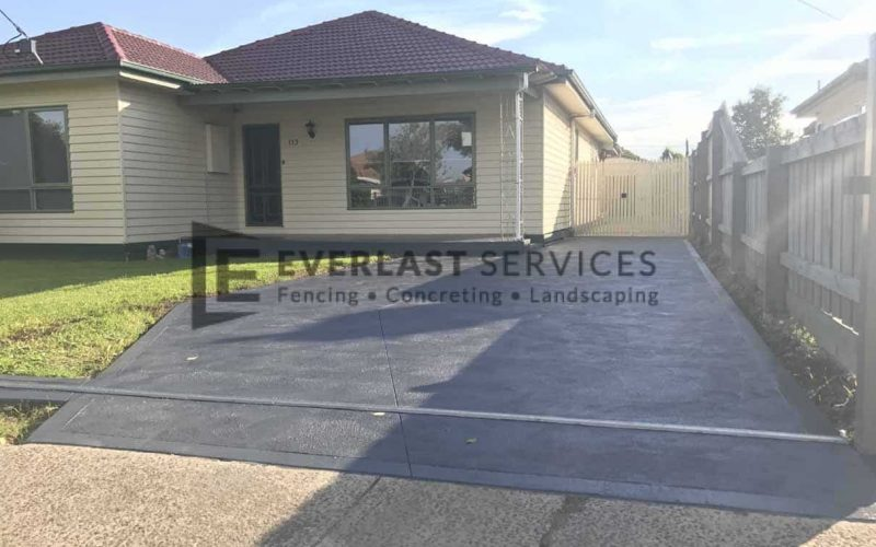 CC12 - Colour Concrete Driveway
