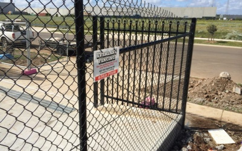 Industrial Security Fencing from Everlast Services